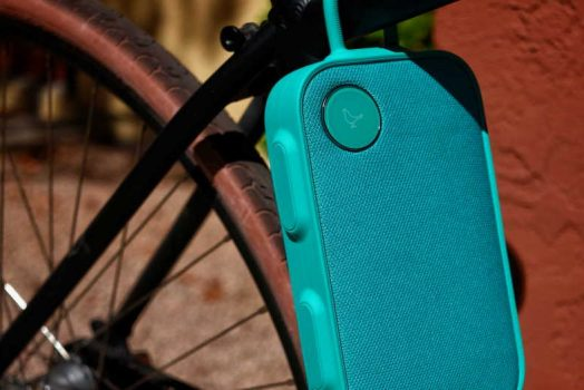 What Are the Tricks to Choose a Wireless Speaker for Your Bike?